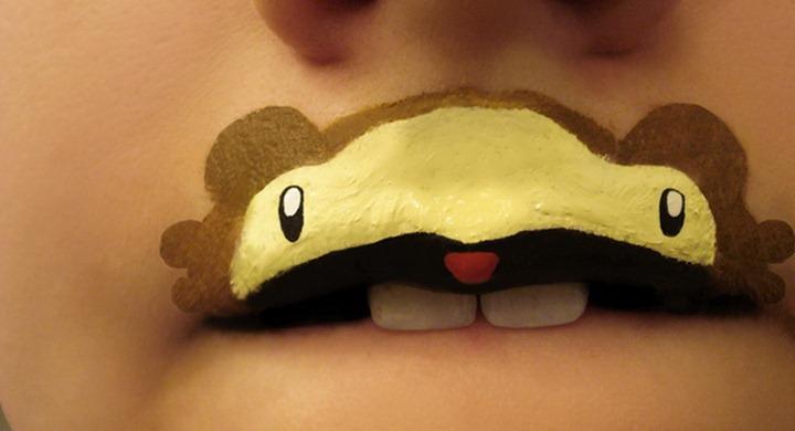 Арт на губах от Paige Thompson