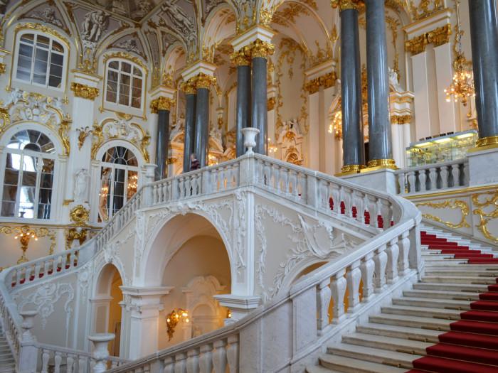 Эрмитаж – один из самых популярных музеев