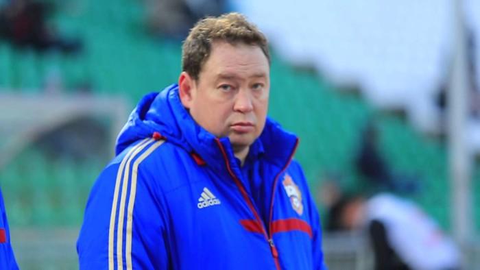 Уйдет ли Слуцкий с поста тренера футбольной команды России?