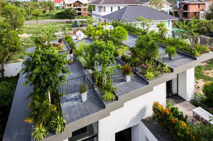 Вьетнамский дом с зеленью