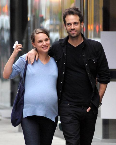 Беременные знаменитости