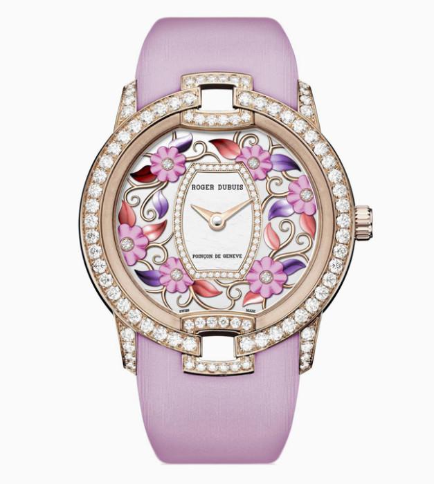 Новые часы Roger Dubuis