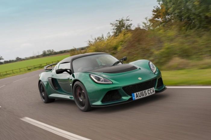 Новый британский автомобиль Lotus Exige Sport 350