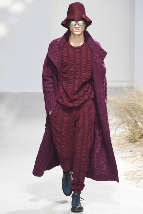 Линия мужской одежды Issey Miyake осень зима 2016/2017