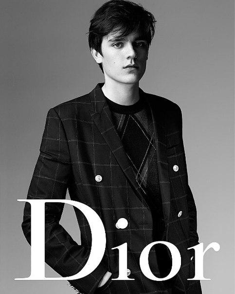 Сын Алена Делона стал послом Dior