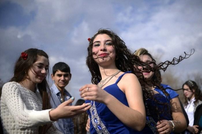 Ярмарка жен в Болгарии