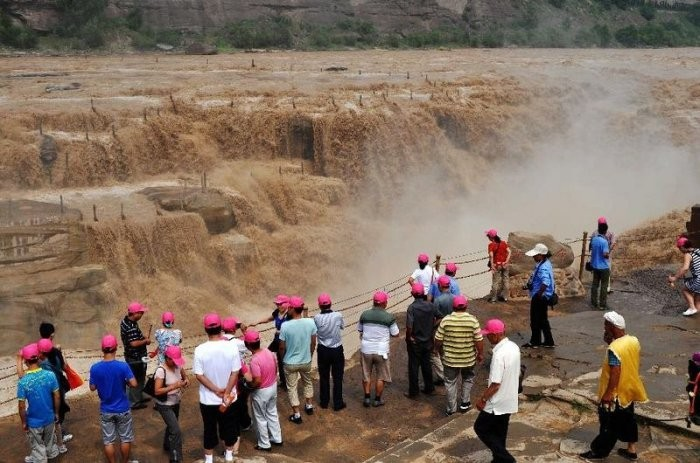 Хукоу: желтый водопад в Китае