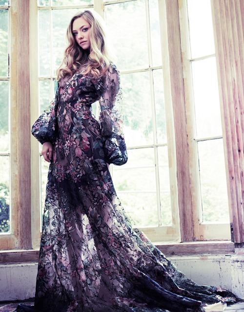 Элегантная Аманда Сейфрид в Vanity Fair