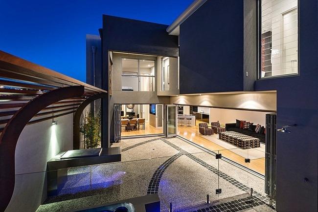 Современный дом с передовыми технологиями