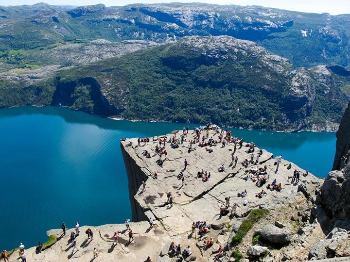 BASE прыжки в Норвегии