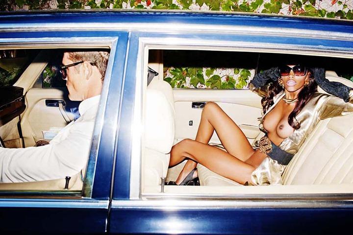 Эротическая фотосессия от фэшн фотографа Тони Келли