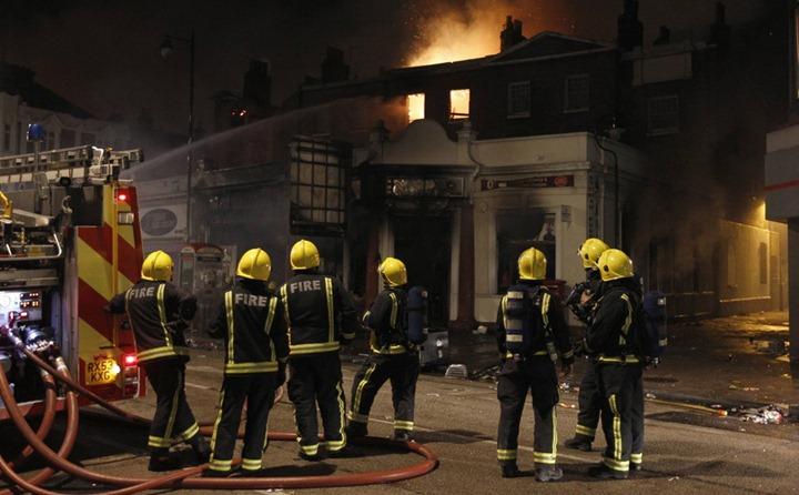 Хаос и беспорядки в Лондоне