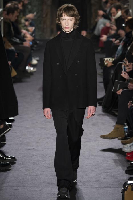 df3cf869c7d Мужская коллекция Valentino – осень-зима 2016 2017 — фото и картинки ...