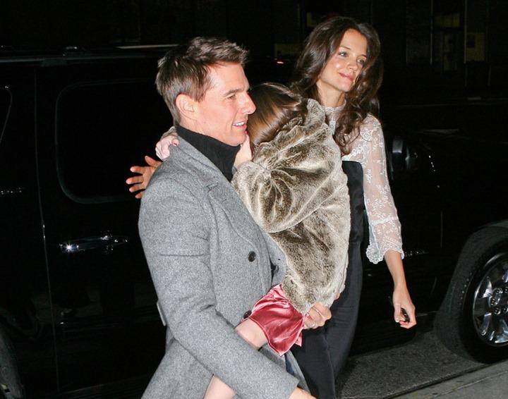 Кэти Холмс и Том Круз покидают отель в Нью  Йорке