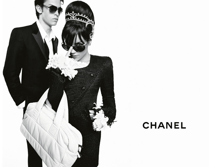 Знаменитости для Chanel