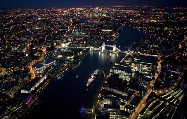 Лондон в ночное время