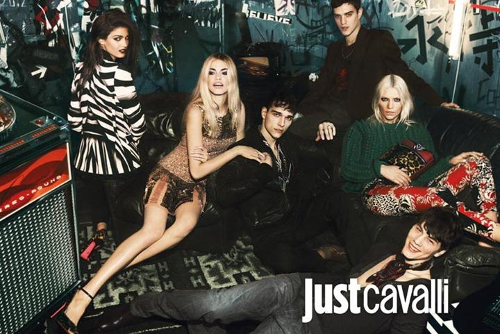 Модели в рекламной кампании Just Cavalli