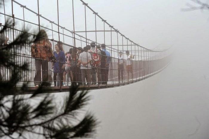 Прозрачный мост в Китае