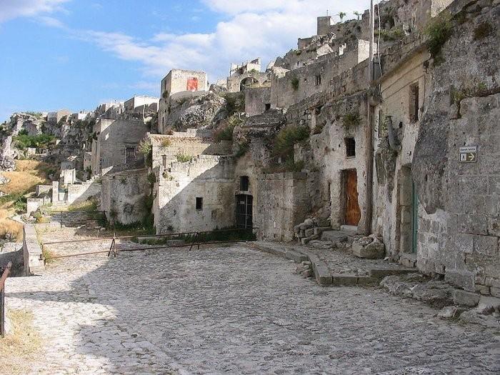 Пещерный город Матера