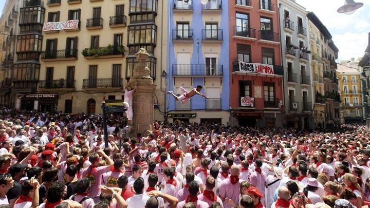 Фестиваль Сан Фермин в Испании