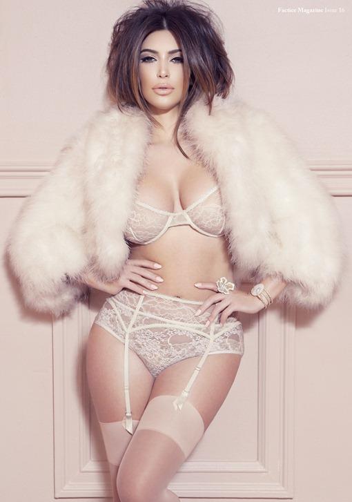 Ким Кардашьян в откровенной фотосессии Factice Magazine
