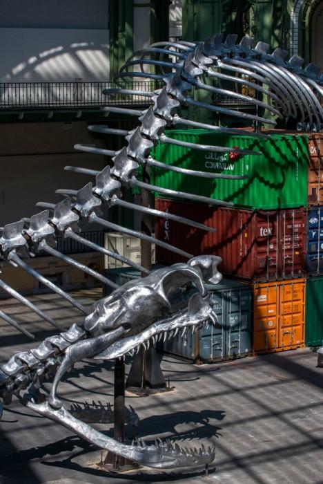 Змея из алюминия в 254 метра