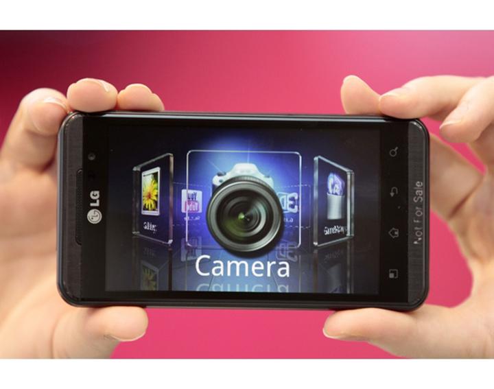 T Mobile G2X (LG Optimus 3D) официально представлен на T Mobile CTIA 2011