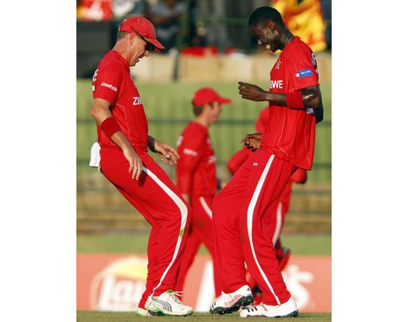 Шри Ланка побеждает Зимбабве на кубке мира по крикету