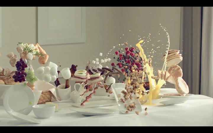 """""""Прерванный завтрак"""" от рекламной студии Bruton Stroube"""