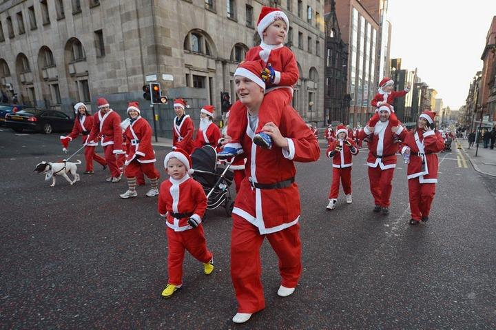 Забеги Санта Клаусов по всей Европе