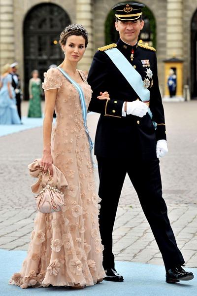 Как одевается королева Испании