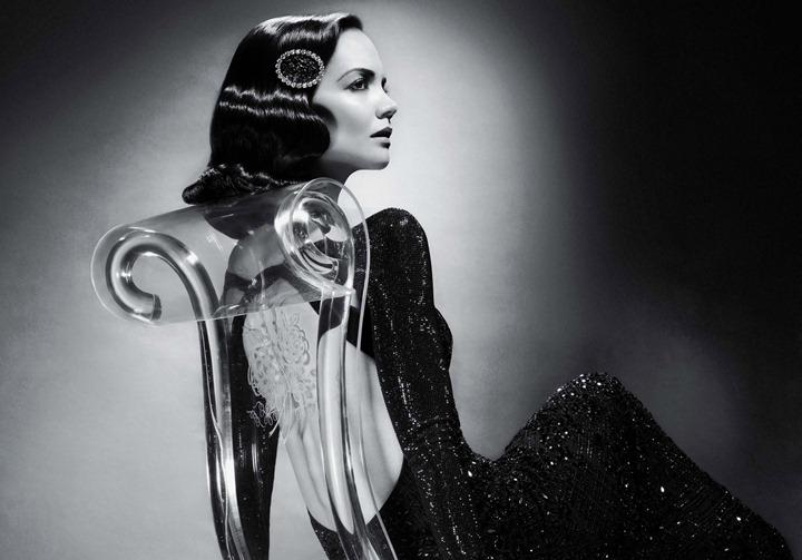 Кэти Холмс в черно   белой фотосессии Сольве Сундсбо