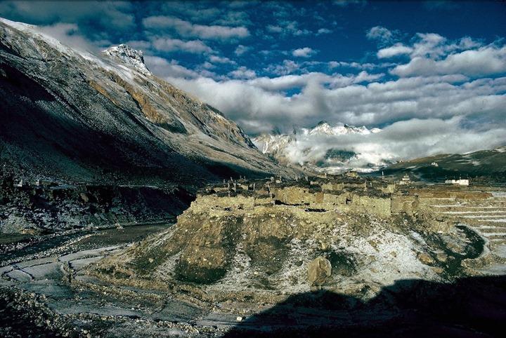 Жизнь в Гималаях от Eric Valli