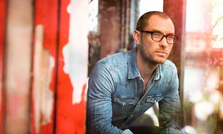 Джуд Лоу в фотосессии Vogue Eyewear