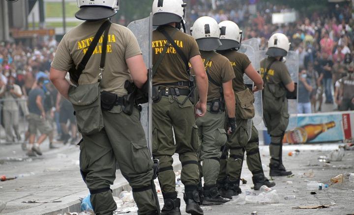 Беспорядки в Греции продолжаются