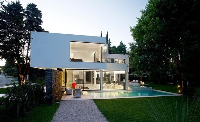 Великолепный дом, Andres Remy Arquitectos