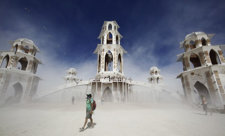 Состоялся фестиваль Burning Man 2011