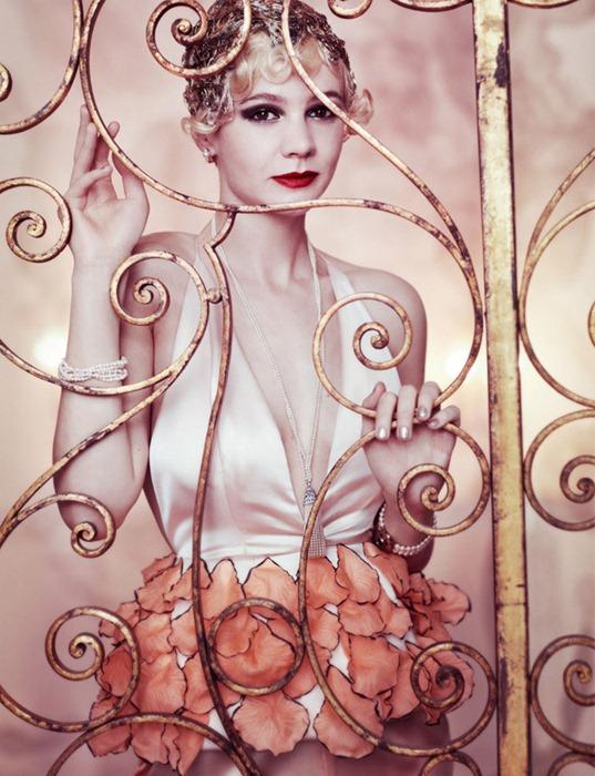 Кэри Маллиган (Carey Mulligan) в фотосессии Марио Тестино (Mario Testino) для американского Vogue (май 2013)