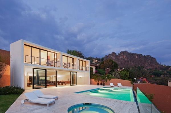 Casa Cardenas в Мексике