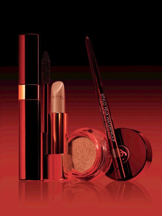Chanel-Fall-2016-Le-Rouge-Makeup-Collection-12