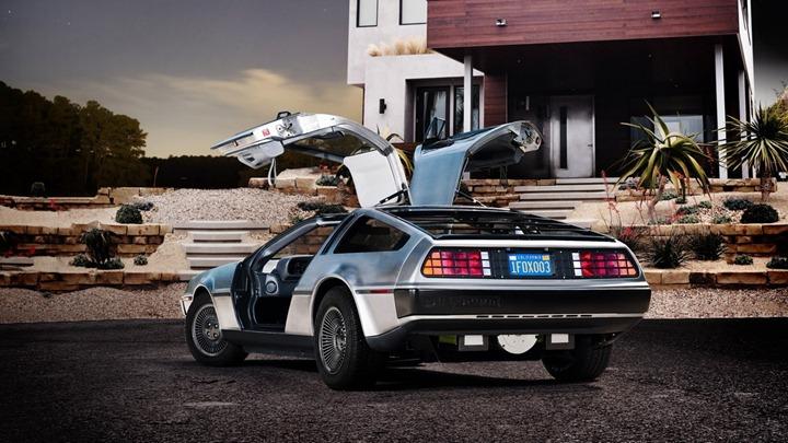 Электрический DeLorean