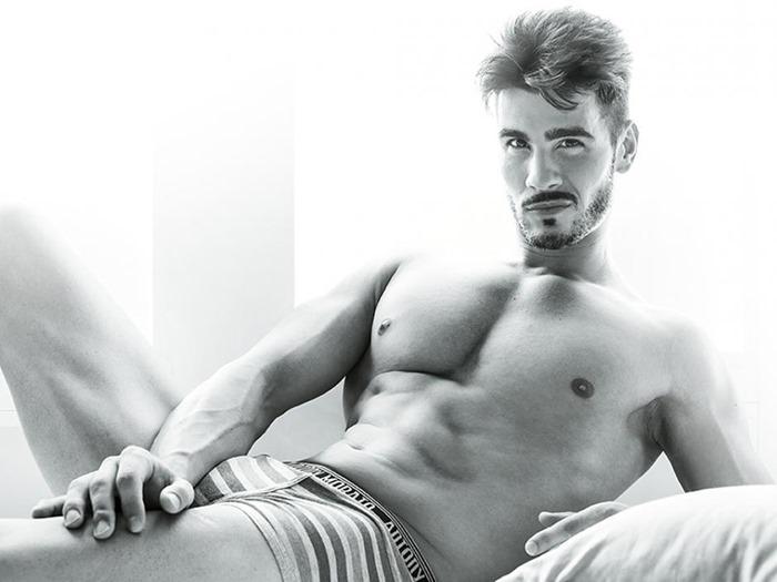 Мужские формы: Endika в объективе Iban Montero