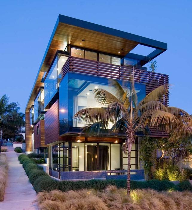 Скульптурное сочетание дерева и стекла: резиденция Ettley в Калифорнии