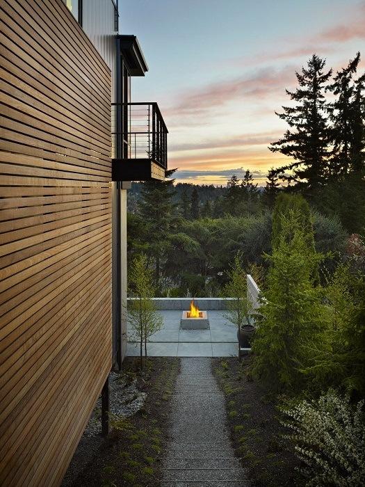 Современный Hillside, разработанный архитекторами бюро «DeForest»