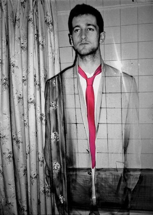 Невидимый мужчина: сюрреалистичные фотографии Джои Бейкера (Joey Baker)