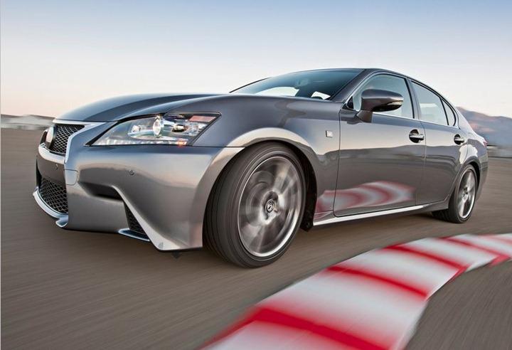 Lexus представили седан GS в спортивной модификации