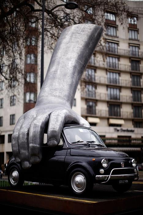 Скульптор Лоренцо Куинн (Lorenzo Quinn)