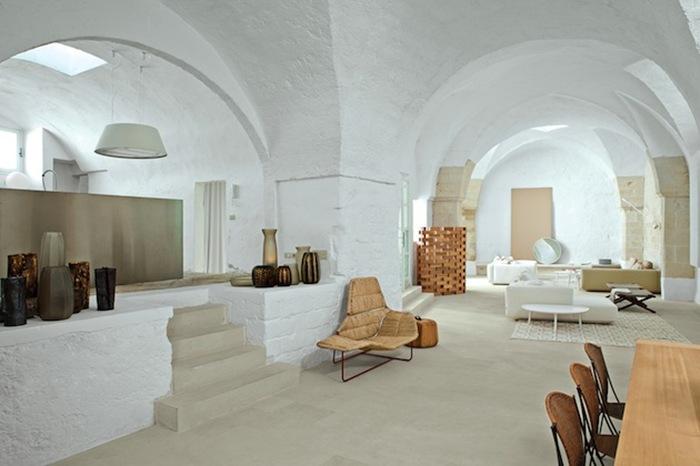 Итальянское летний дом для дизайнеров Людовика+Роберто Паломба (Ludovic + Roberto Palomba)