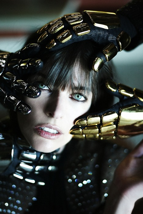 Милла Йовович (Milla Jovovich) и Daft Punk для журнала CR Fashion Book