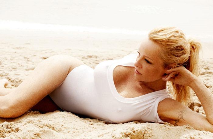 Памела Андерсон (Pamela Anderson) в фотосессии Марио Тестино (Mario Testino)